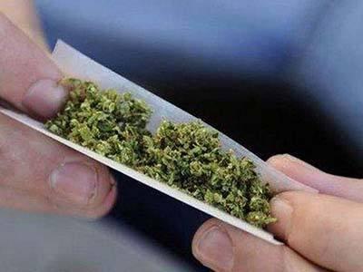 抽大麻烟.jpg